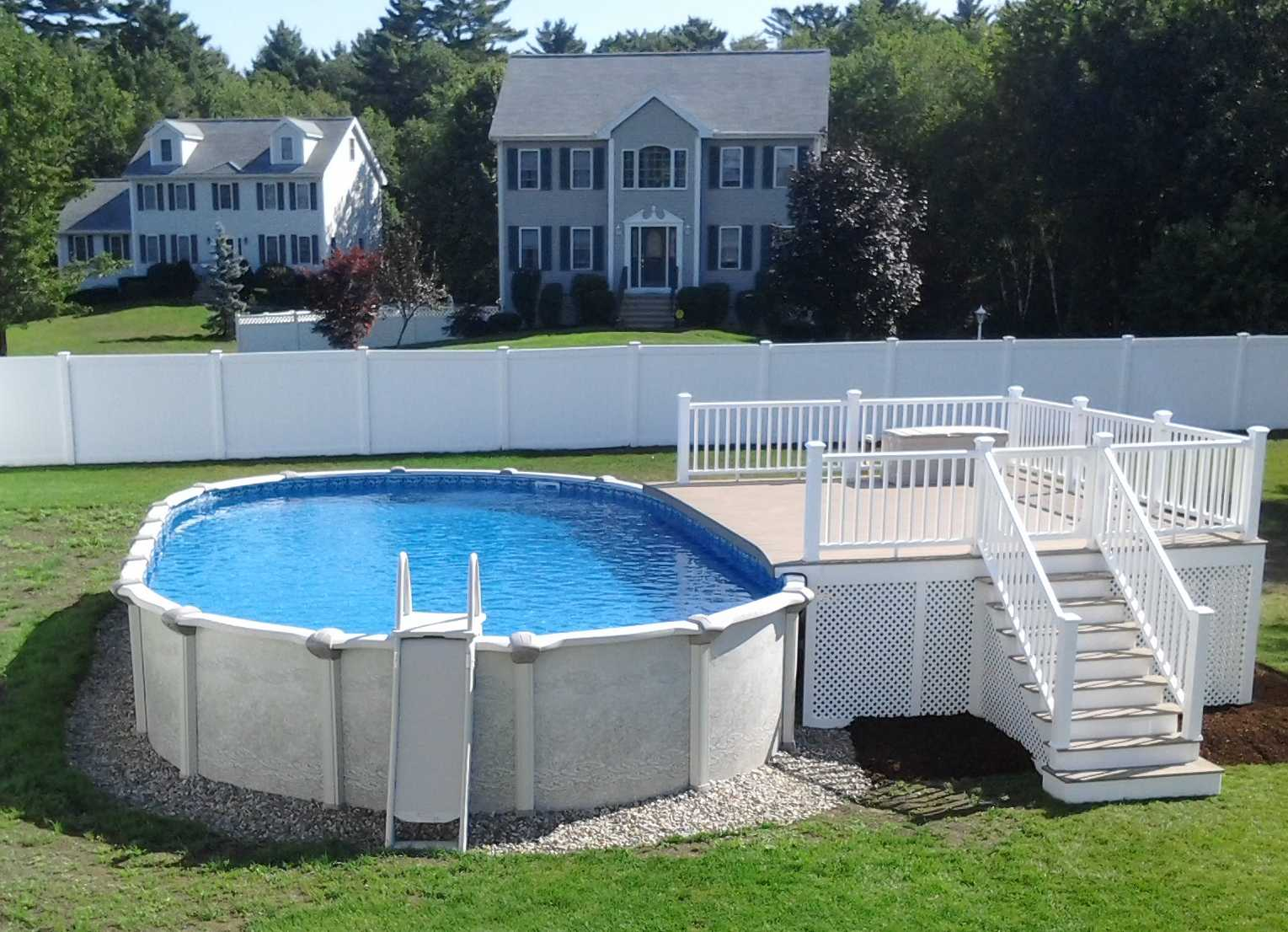 Attirant Pool Deck, Custom Stairs, Secure Gate