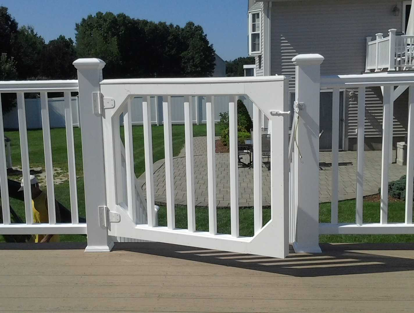 Above ground pool deck gates round designs for Above ground pool gate ideas